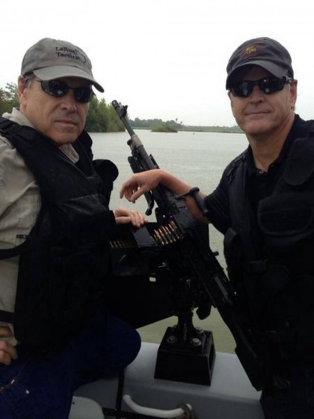 Border Sheriffs Perplexed by Rick Perry's Plan to Send 1,000 Troops to Stare at Mexico - Yahoo News